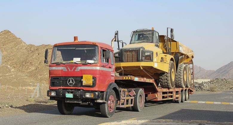 Abenteuer Oman Dubai VAE Lkw Ausland 2018