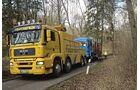 Abeschleppdienst, Ölspur, Unfall, Tator, Reiniger, Truckjob FF 6/2018.