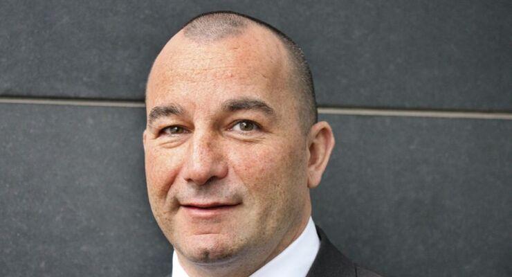 André Girnus, Mercedes-Benz Charterway