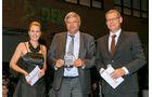 Anhängerkupplung, v. li.: Alexandra von Lingen, Lars Brorsen, Jost-Werke, GmbH, Oliver Trost