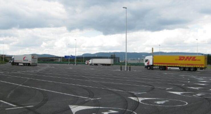 Autohof Lohfeldener Rüssel öffnet seine Türen