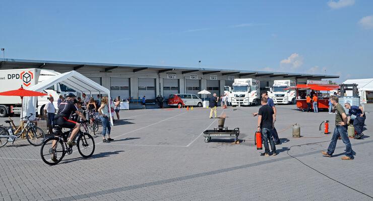 Betriebsfest bei Diebel, Betriebsgelände, MAN, Parkplatz