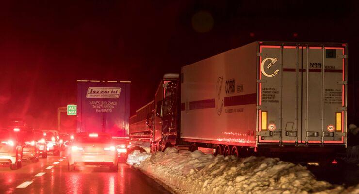 Brennerautobahn Verkehrschaous