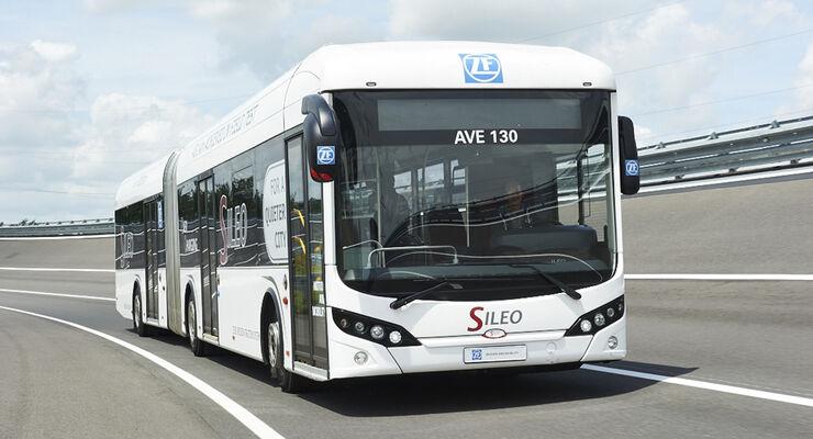 Bus mit AVE  130