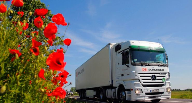 DB Schenker Logistics, Lkw, Mohn