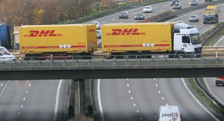 DHL gibt Maut an Kunden weiter