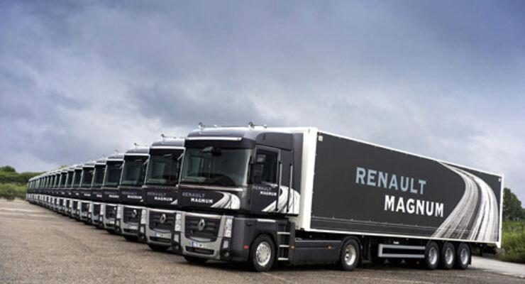 Der Renault Magnum verfügt über ein geräumiges und noch höheres Fahrerhaus.