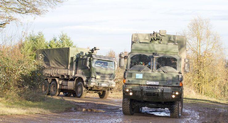 Die Bundeswehr benötigt dringend eine neue Generation ungeschützter Transportfahrzeuge. RMMV und Iveco sind im Rennen um den Großauftrag.