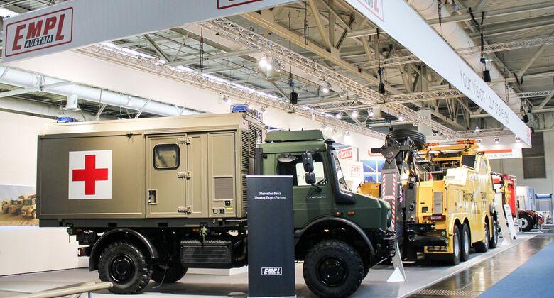 EMPL präsentiert auf der IAA Nutzfahrzeuge 2018 ein schweres Bergefahrzeug sowie einen Sanitätskoffer.