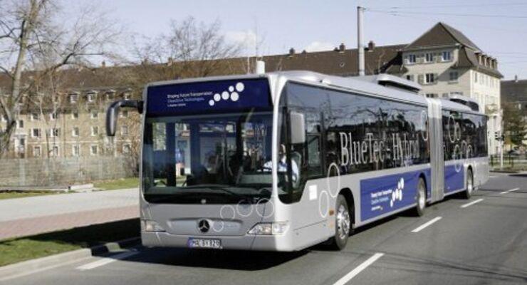 Elektroförderung für Mercedes-Busse