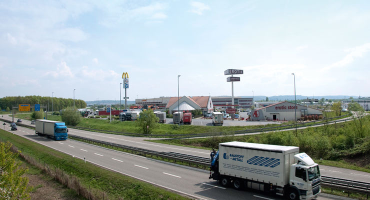 FERNFAHRER Truckstop 0711, Autohof Karlsdorf