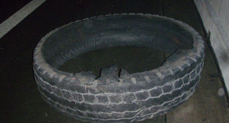 Geplatzter Reifen, Polizei NRW