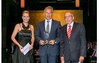 Gesamtwertung: Fernverkehrs-Lkw, v. li.: Werner Bicker, Stefan Buchner, Daimler AG, Alexandra von Lingen