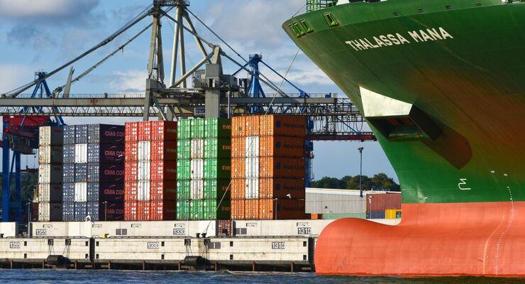 HHLA; Containerhafen, Burchardkai, 18.000-TEU-Container