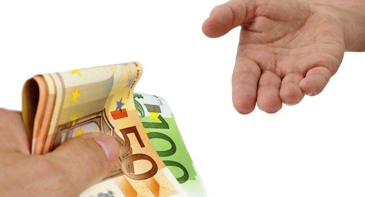 Hände, Geld, Fotolia