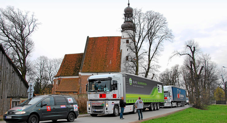 Hilfstransport in die Ukraine, Burg Silvergreen, Renault, Trucks, Rental
