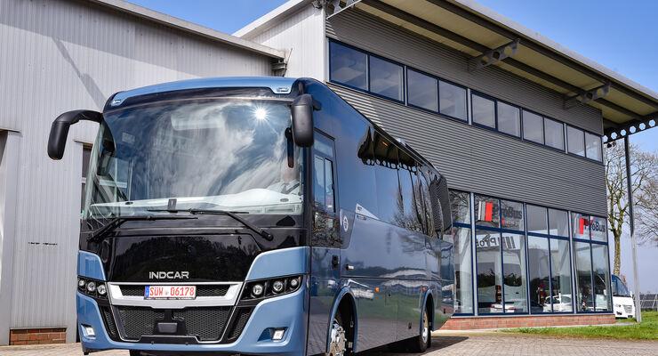 INDCAR NEXT L9 auf DAF Chassis, Frontansicht, Probus Event in Wagenfeld mit neuer Niederlassung, April 2018, verwendet für Bus Newsletter am 18.04.2018