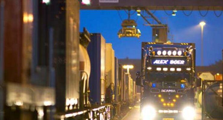 Kombiverkehr bringt wieder mehr Lkw auf die Schiene