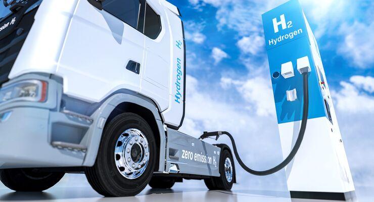 Lkw tankt Wasserstoff
