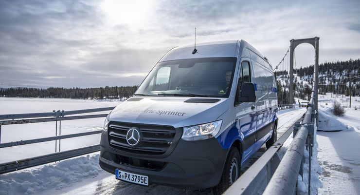 Mercedes-Benz eSprinter am Polarkreis