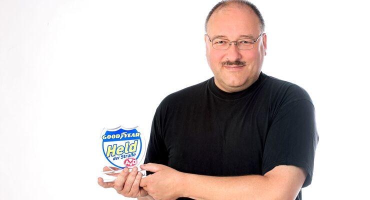 Mike Parofskie ist der Held der Straße im Monat Mai.