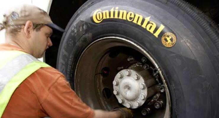 Mit dem richtigen Reifenluftdruck lassen sich Geld und CO2-Emission einsparen