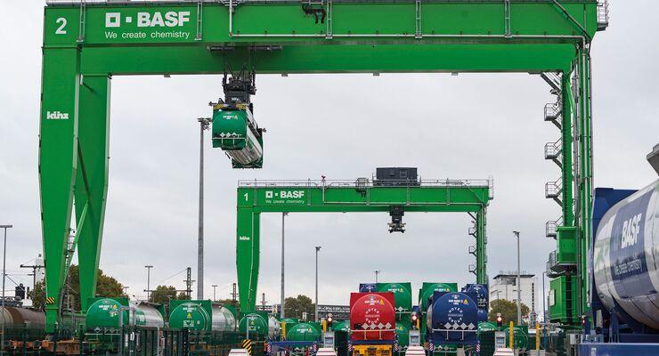 Neues vollautomatisches Tankcontainerlager am Standort Ludwigshafen, KV,