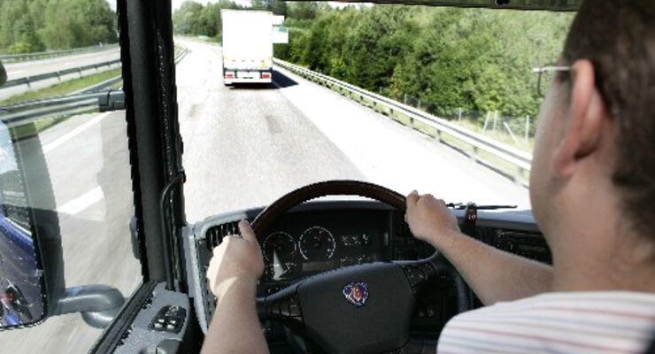 Scania offeriert Sicherheitspaket