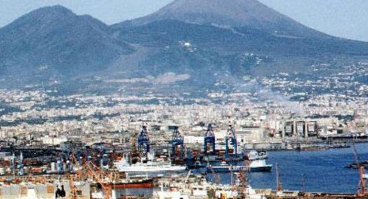 Schweinegrippe: Neapels Busfahrer streiken