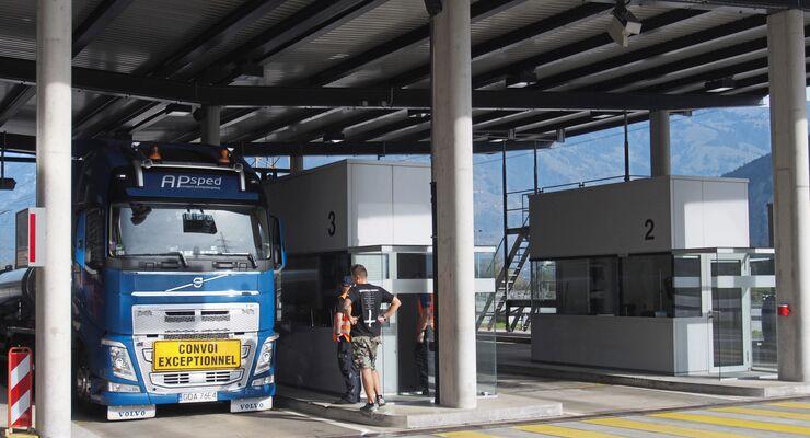 Schweiz, Gotthard, Kontrolle, Schwerverkehrszentrum