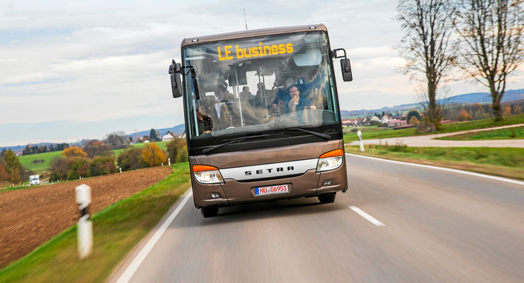 Setra Multi-Class LE business, Front