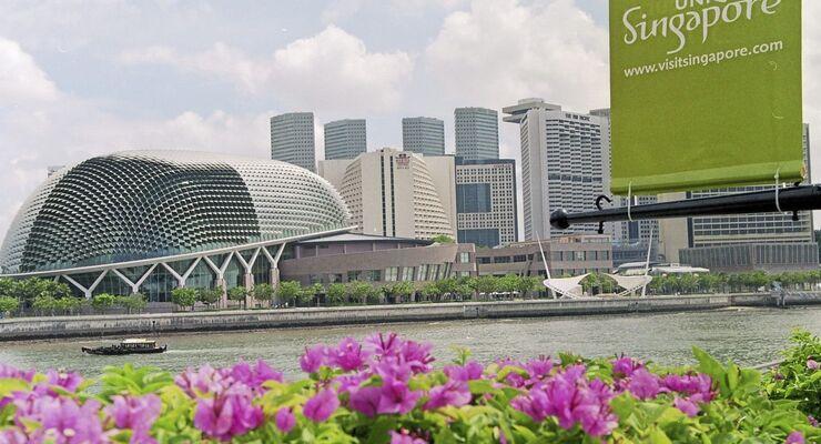 Singapur begrenzt Zahl der Kfz-Zulassungen. Zahl der Nutzfahrzeuge darf ebenfall nur minimal ansteigen.