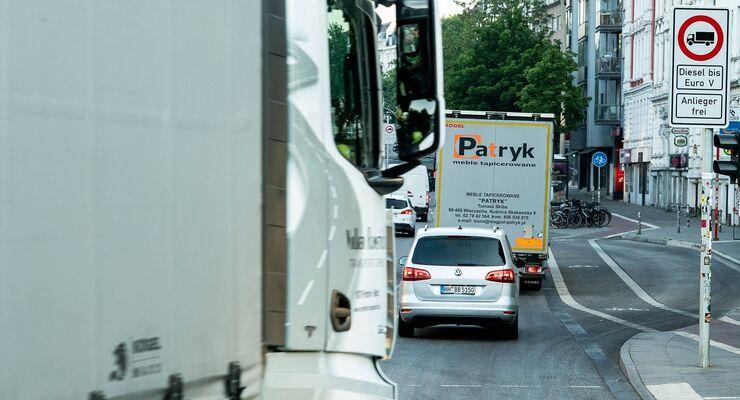 Straßenverlauf Stresemannstraße Einführung Dieselfahrverbot in Hamburg Hamburg Hamburg Deutschland