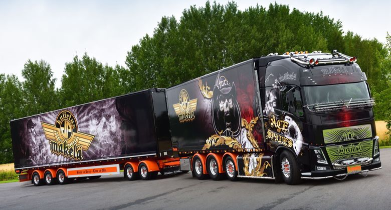 Supertruck Ace of Spades