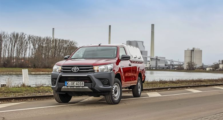 Toyota Hilux Single-Cab Einzelkabine 2020 Dauertest Pick-up 2.4 D-4D