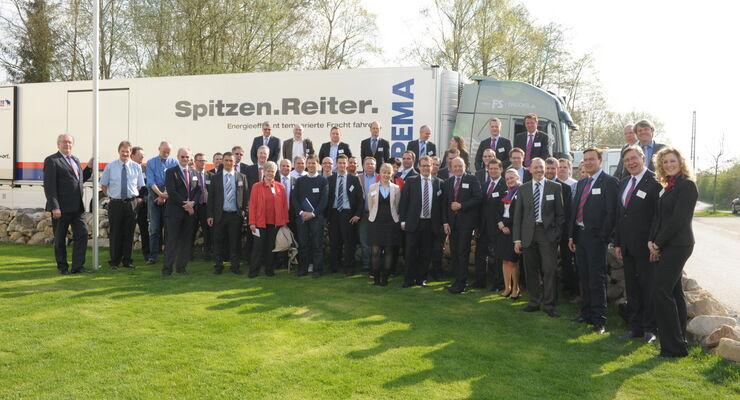 TrailerConnect® für alle Fälle - Die Teilnehmer des dritten Telematik-Symposiums der Cargobull Telematics GmbH