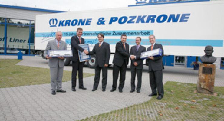 Urkunde & Geschenke für Pozkrone