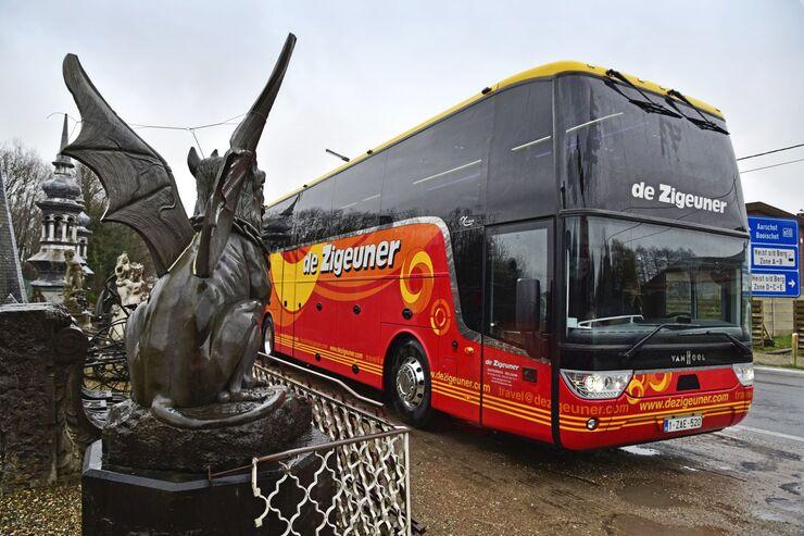 Van Hool Busse mit Unterflurcockpit