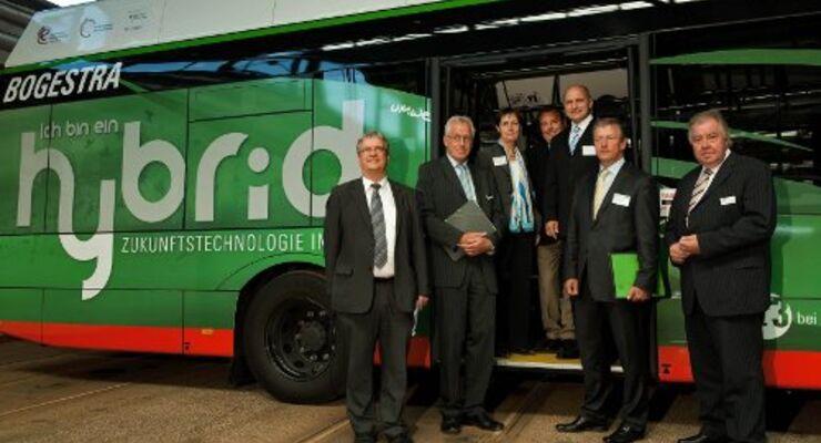 Verkehrsverbund Rhein-Ruhr setzt Hybridbusse ein