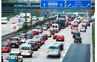 Verordnung zu Fahrerassistenzsystemen, Autobahn, Notbremsassistenten