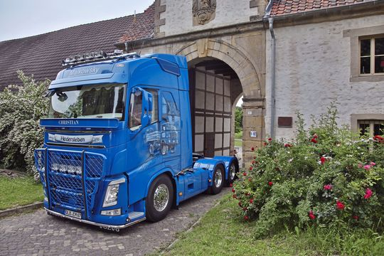 Volvo blau Malkowsky Hedersleben Christian QLB Lang-LKW Supertruck FF 9/2019 9/19 Eduard Malkowsky IFA Airbrush