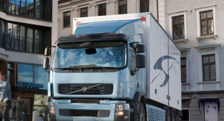 Volvo startet Verkauf des Volvo FE Hybrid