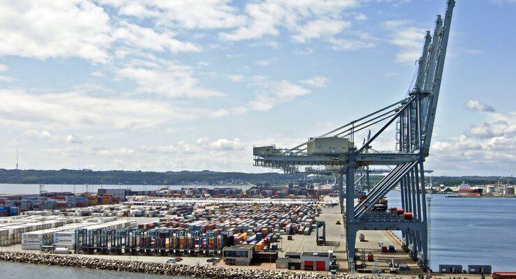 Vom Hafen Aarhus aus liefert die Panalpina-Tochter Carelog in die Welt.