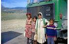 Von der Schweiz nach Teheran, Kinder, Lkw