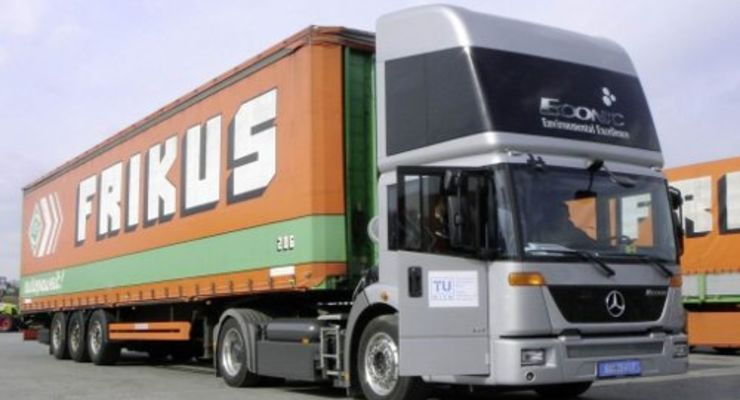 Zulieferverkehr: Erdgas-Lkw hilft sparen