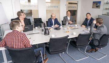 v. li.: Ralf Lanzinger, Dr. Michael Bargl, IDS, Alexander Bauz, Sim Cargo, Andreas Ditz, Spedition Ditz, Matthias Rathmann, Philipp Körner